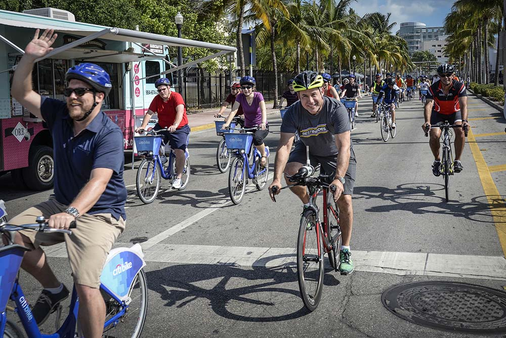 Miami Beach Ciclovia‬