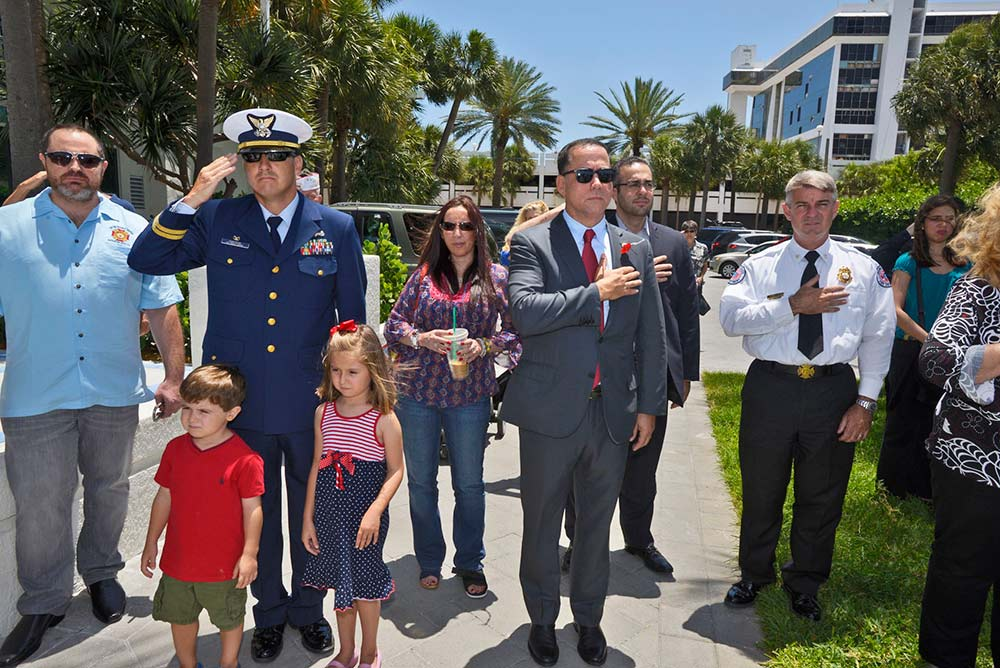 Mayor Philip Levine observes Memorial Day in Miami Beach